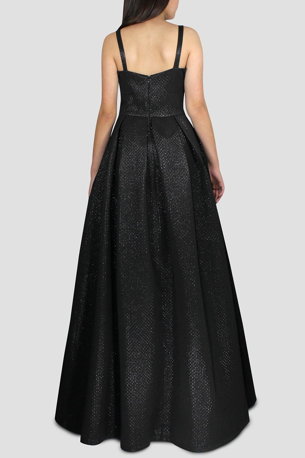 SoZu V-Neck Bell Gown - Side Cropped Image