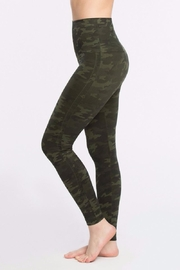Spanx Look At Me Leggings - Front full body