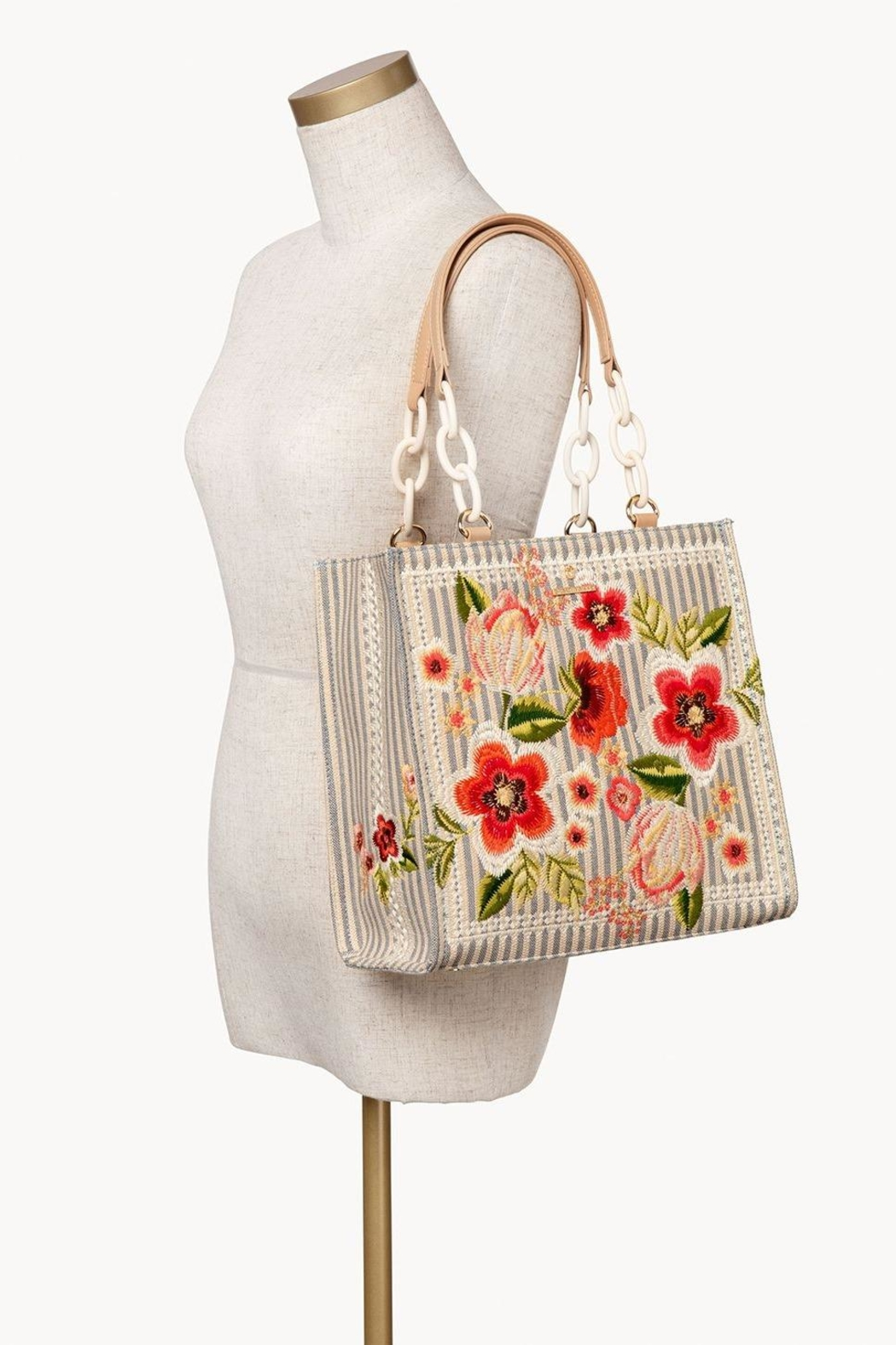 Spartina 449 Fleur-De-Vigne Box Tote - Back Cropped Image