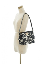 Spartina 449 Simple Zip Privateer - Side cropped