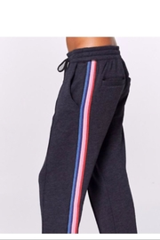 SPIRITUAL GANGSTER Cropped Essential Sweatpants - Product Mini Image