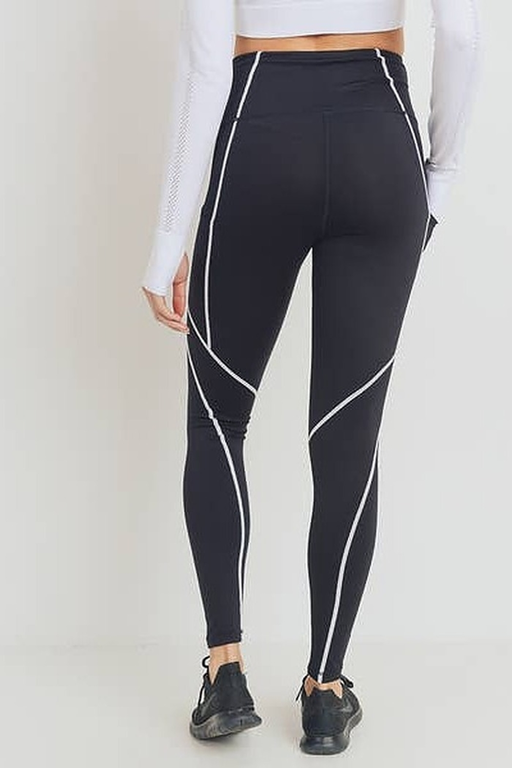 Mono B Splice Highwaist Leggings with Contrast Seams - Front Full Image