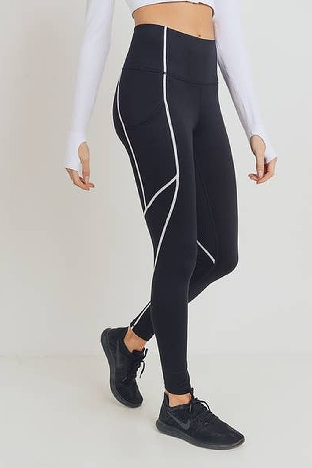 Mono B Splice Highwaist Leggings with Contrast Seams - Side Cropped Image