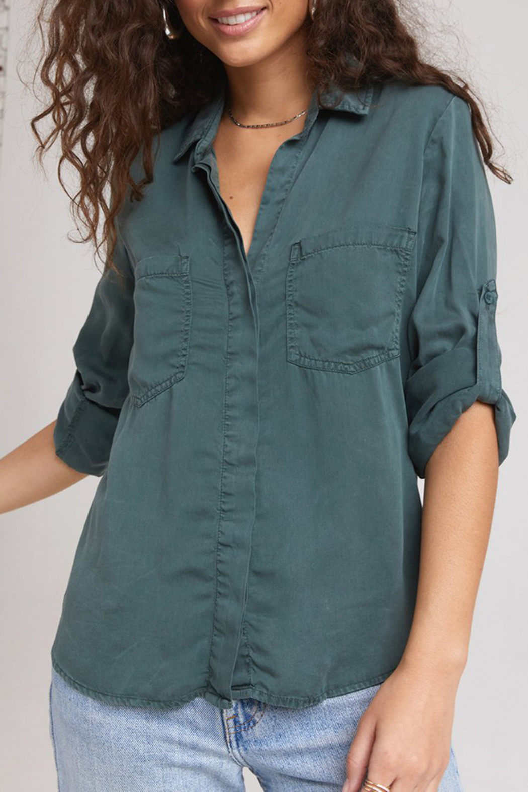 Bella Dahl  SPLIT BACK BUTTON DOWN - Front Cropped Image
