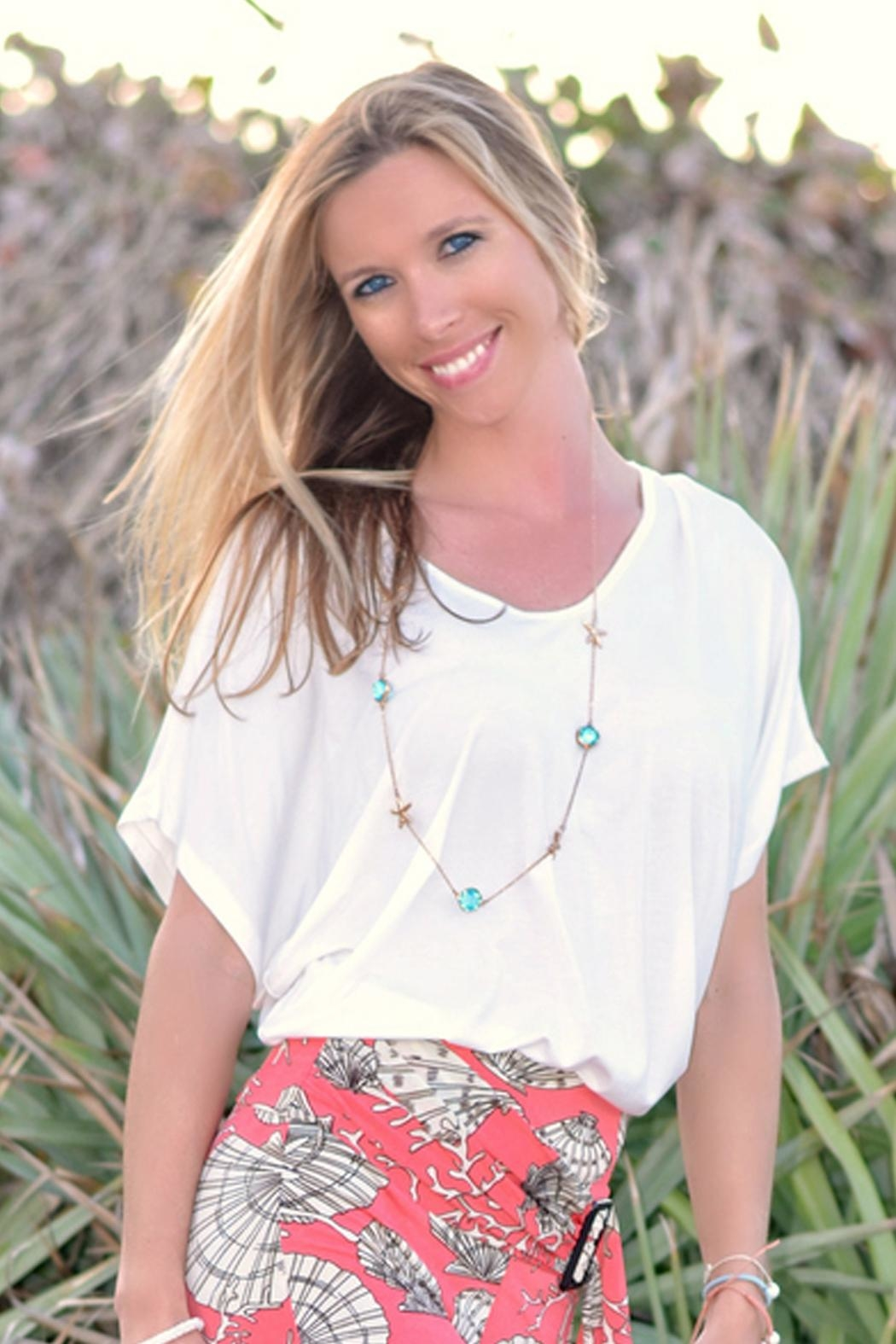 Sporty Girl Apparel  Gold Starfish Necklace - Front Full Image