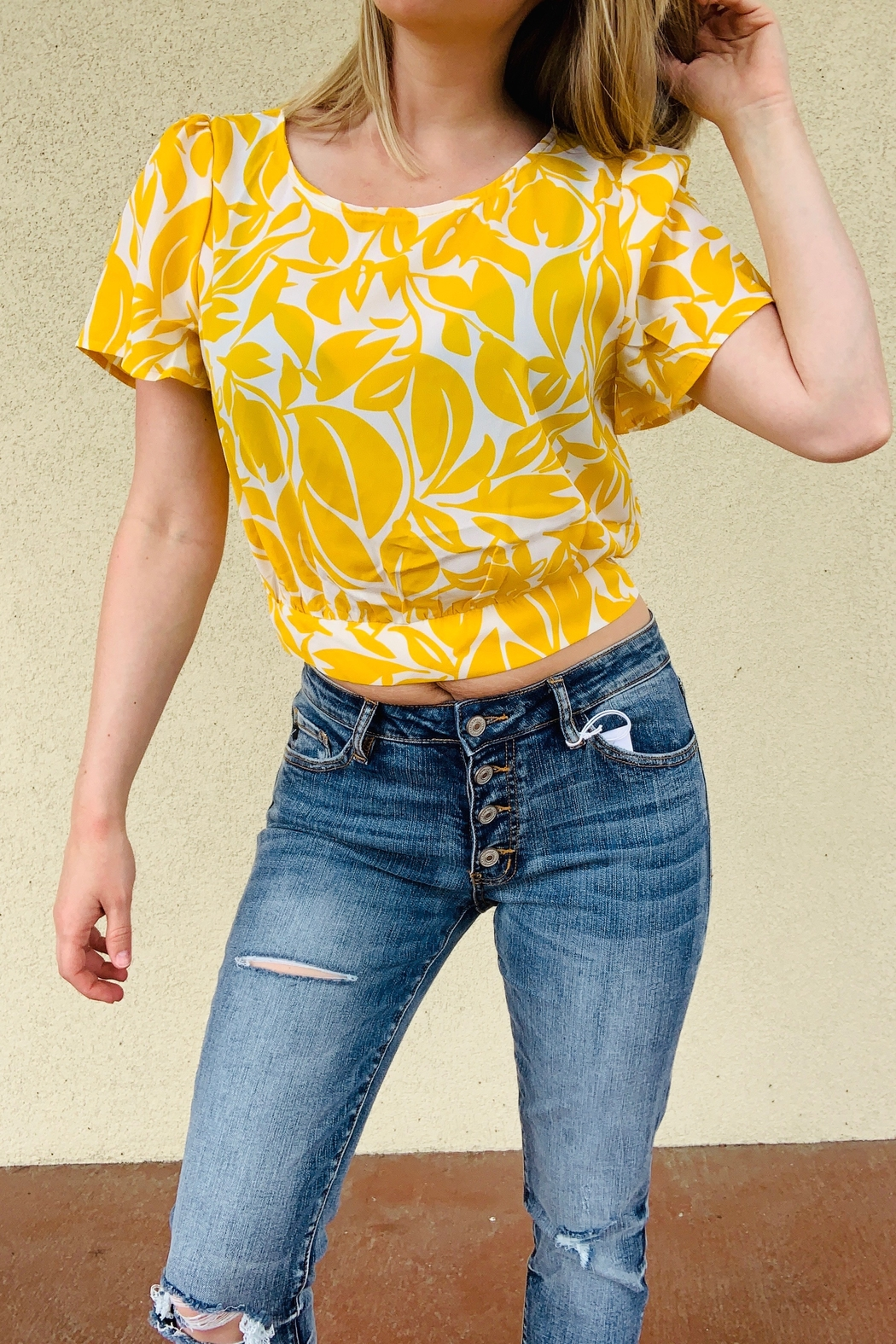 Lush Clothing  Springtime Babe Top - Front Cropped Image