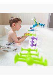 Fat Brain Toys Squigz Deluxe Set - Front full body