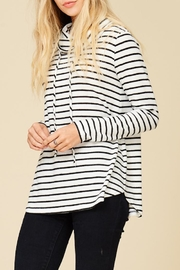 Staccato Casual Days Tunic Top - Back cropped