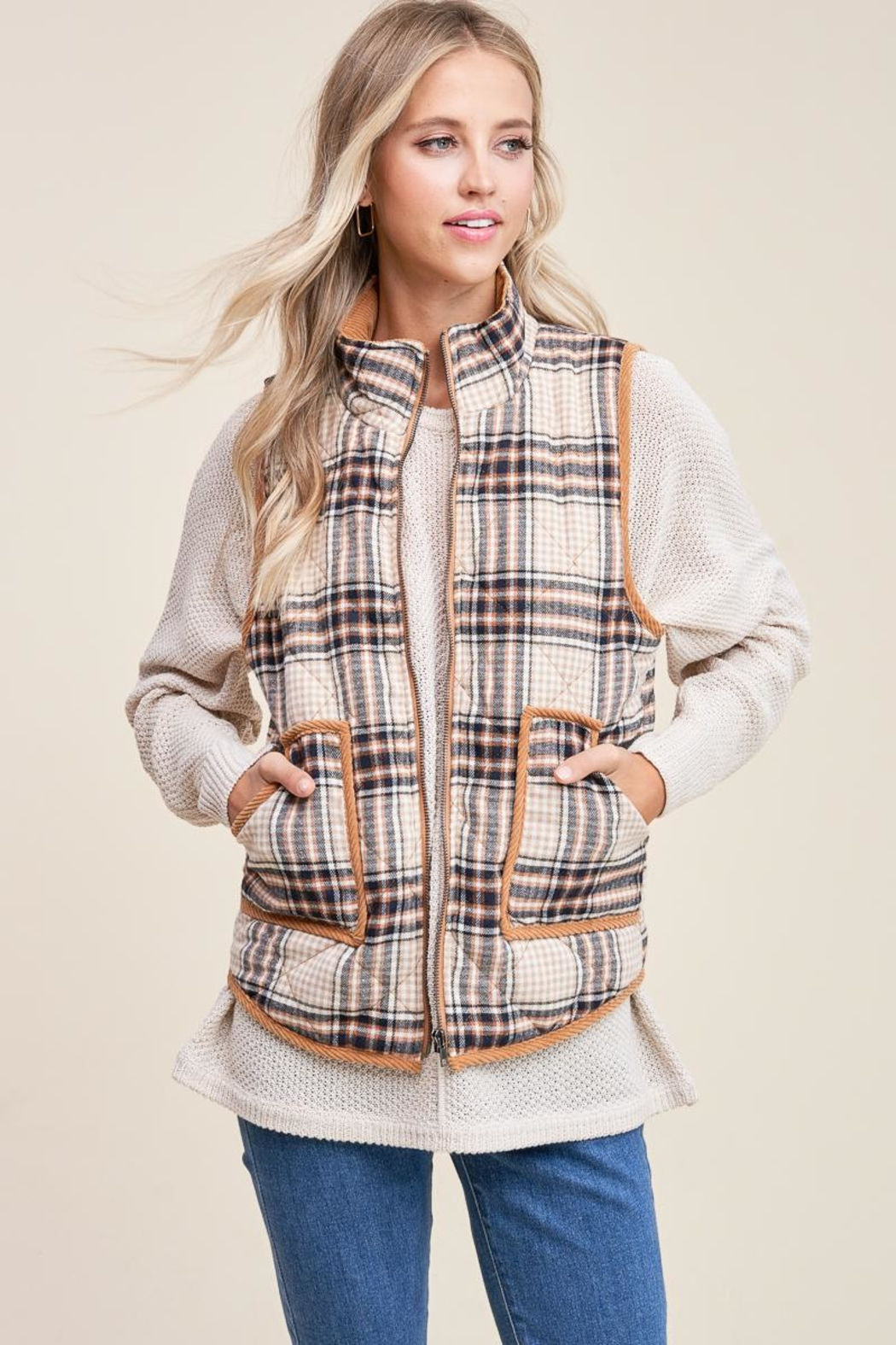 Staccato Cozy Cabin Vest - Front Full Image