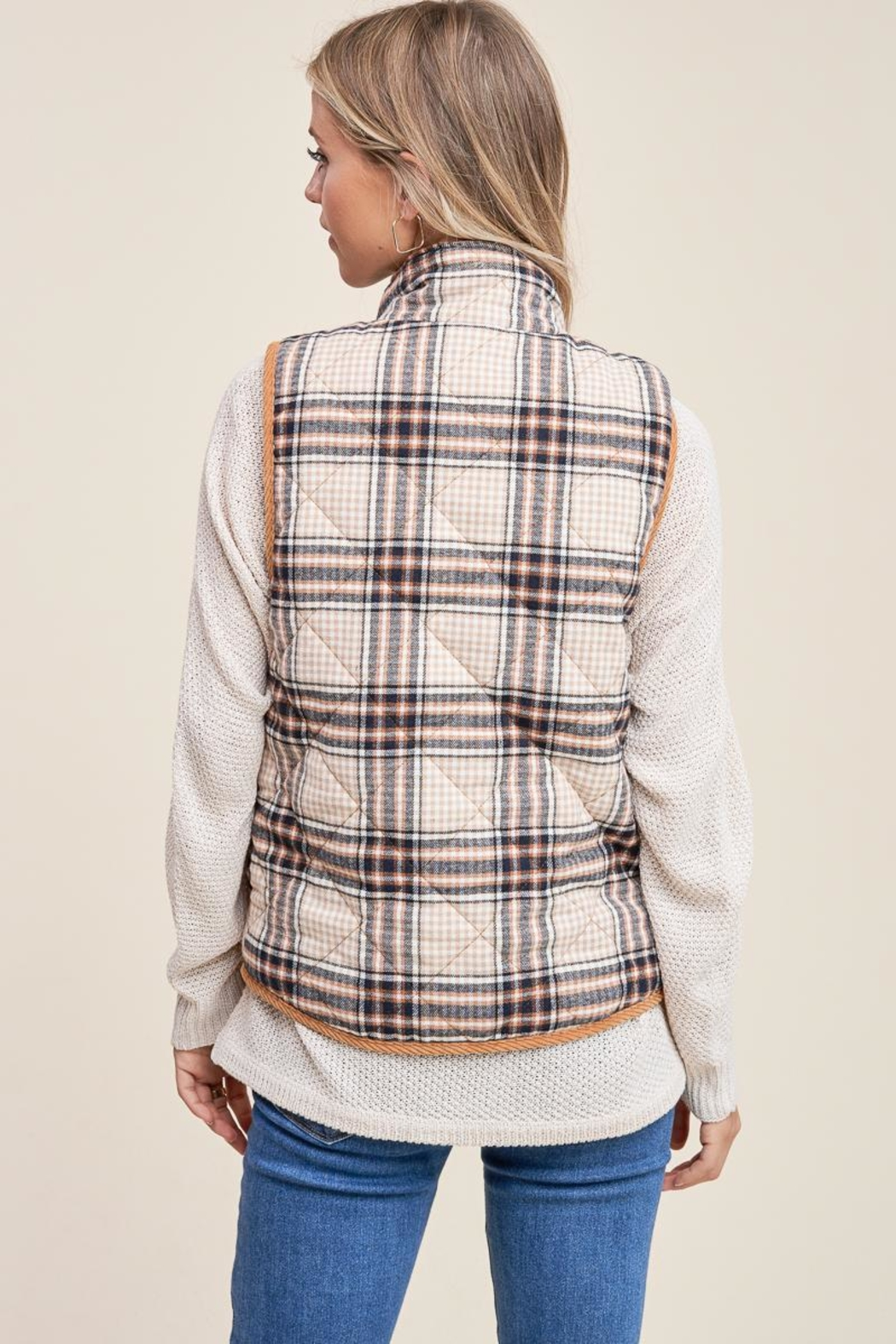 Staccato Cozy Cabin Vest - Back Cropped Image