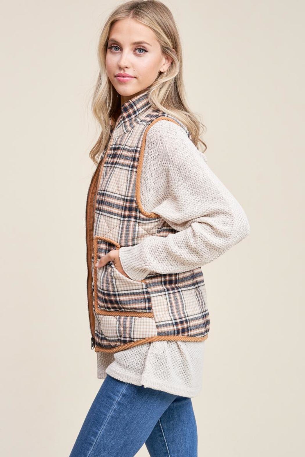 Staccato Cozy Cabin Vest - Side Cropped Image