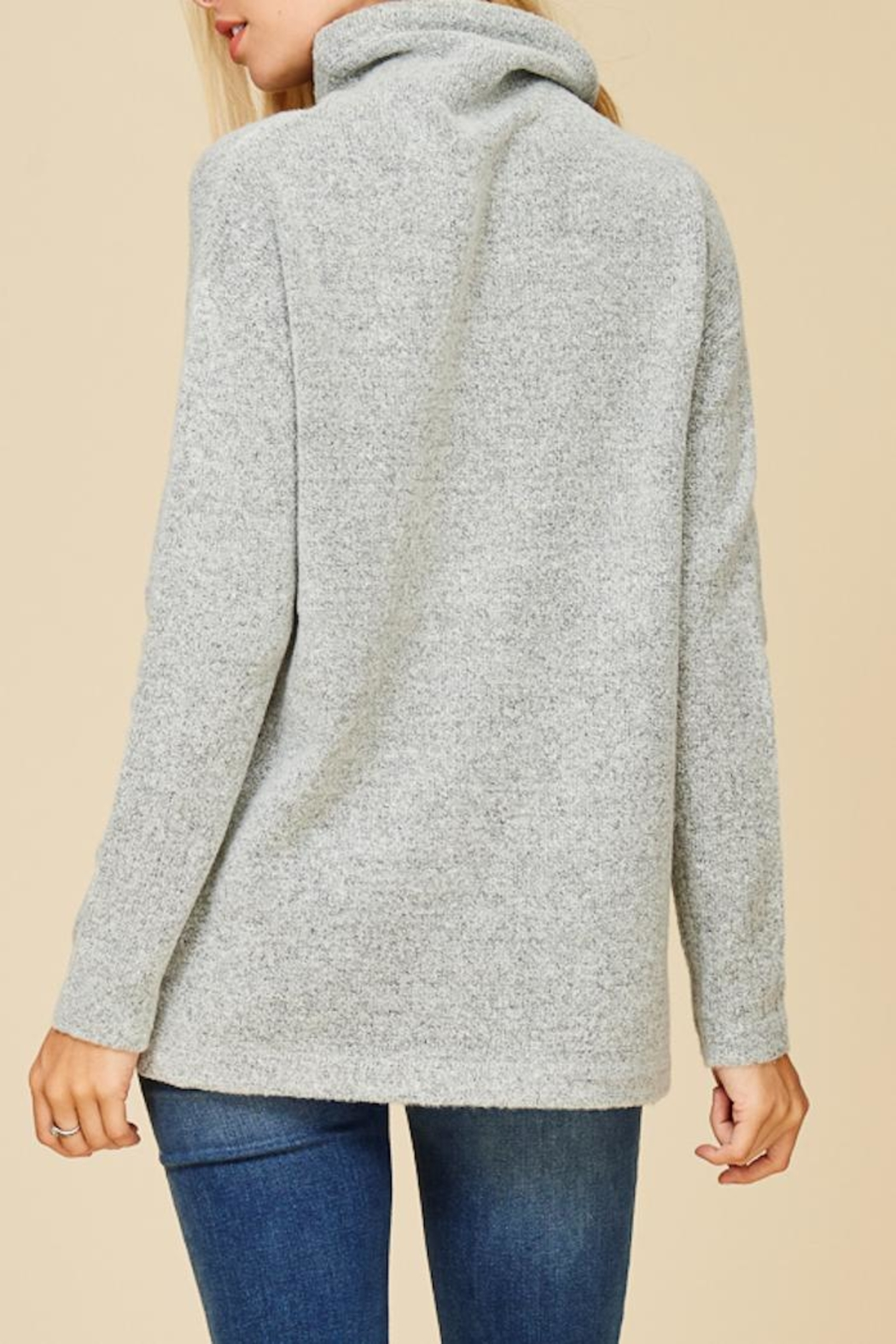 Staccato Cuddle Me Softly Sweater - Back Cropped Image