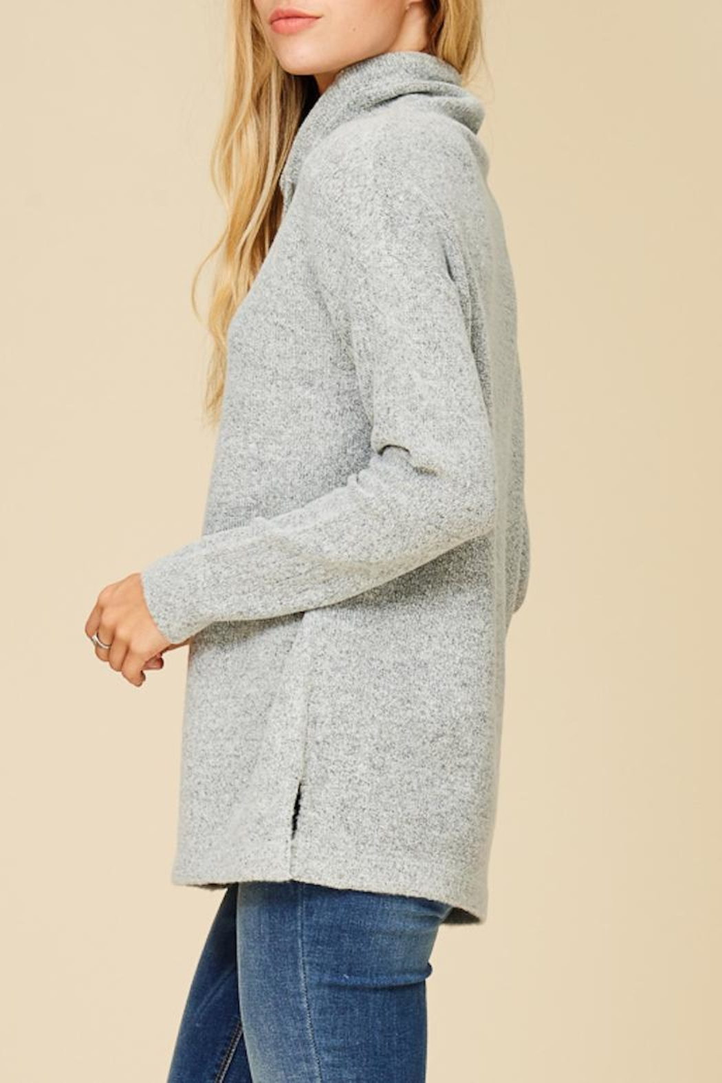 Staccato Cuddle Me Softly Sweater - Side Cropped Image