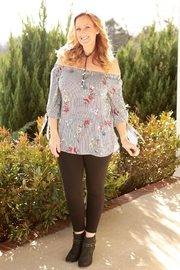 Staccato Falling Flowers Top - Product Mini Image
