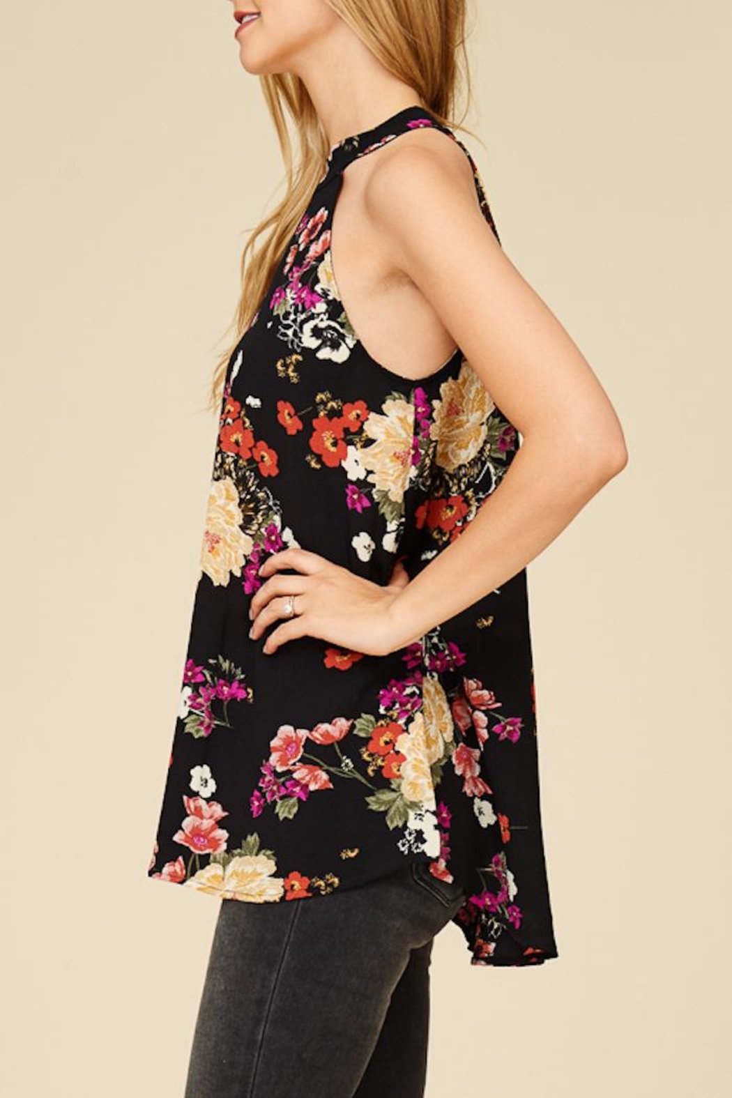 Staccato Flower Bunches Halter Top - Back Cropped Image