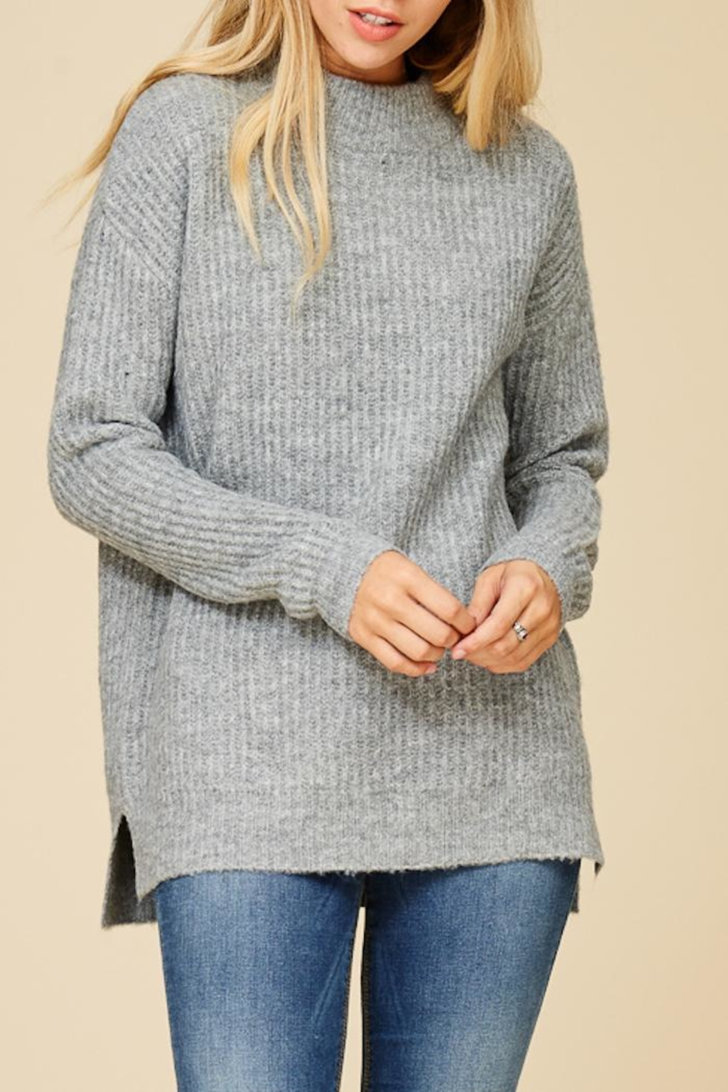 Staccato Mountain Cabin Sweater - Side Cropped Image
