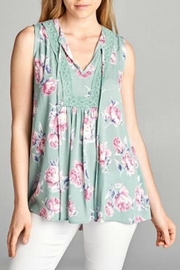 Staccato Sleeveless Floral Blouse - Product Mini Image