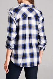 Staccato The Zoey Plaid Top - Back cropped