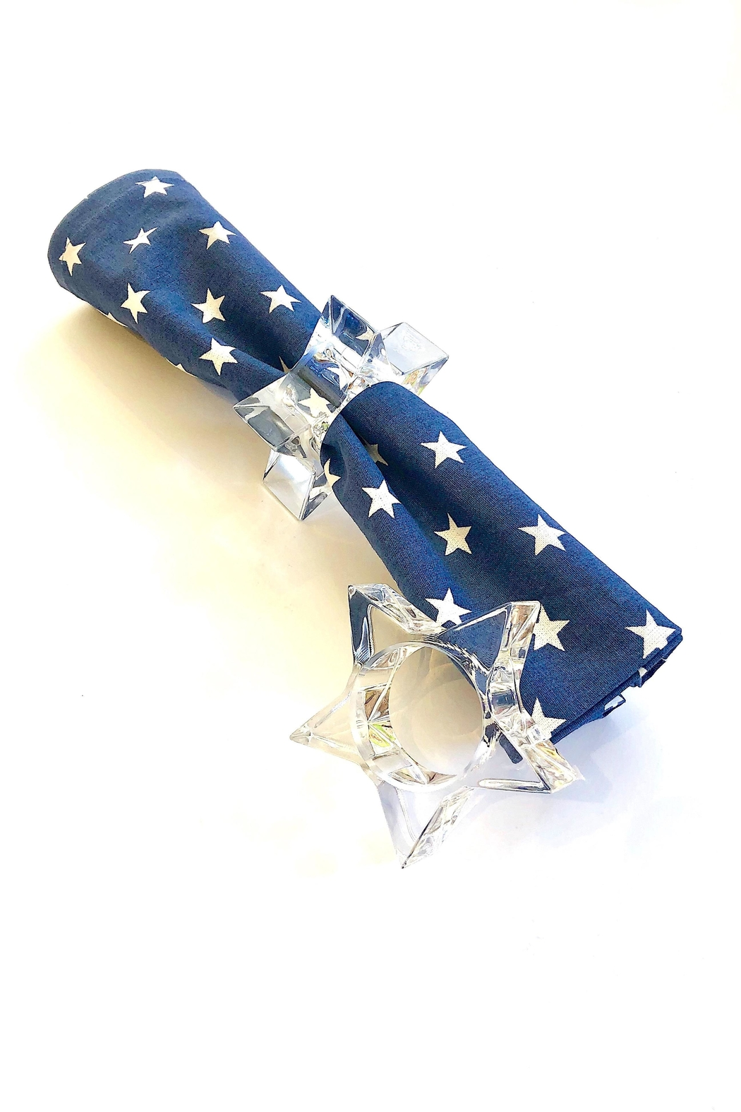 HUANG ACRYLIC Star Napkin Ring - Front Cropped Image