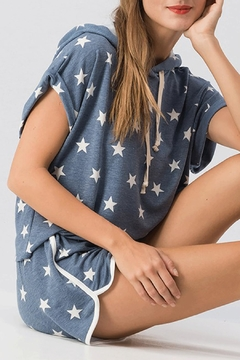 Trend:notes Star Print Top - Alternate List Image