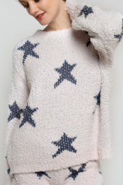 POL Star Pull Over Sweater - Front cropped