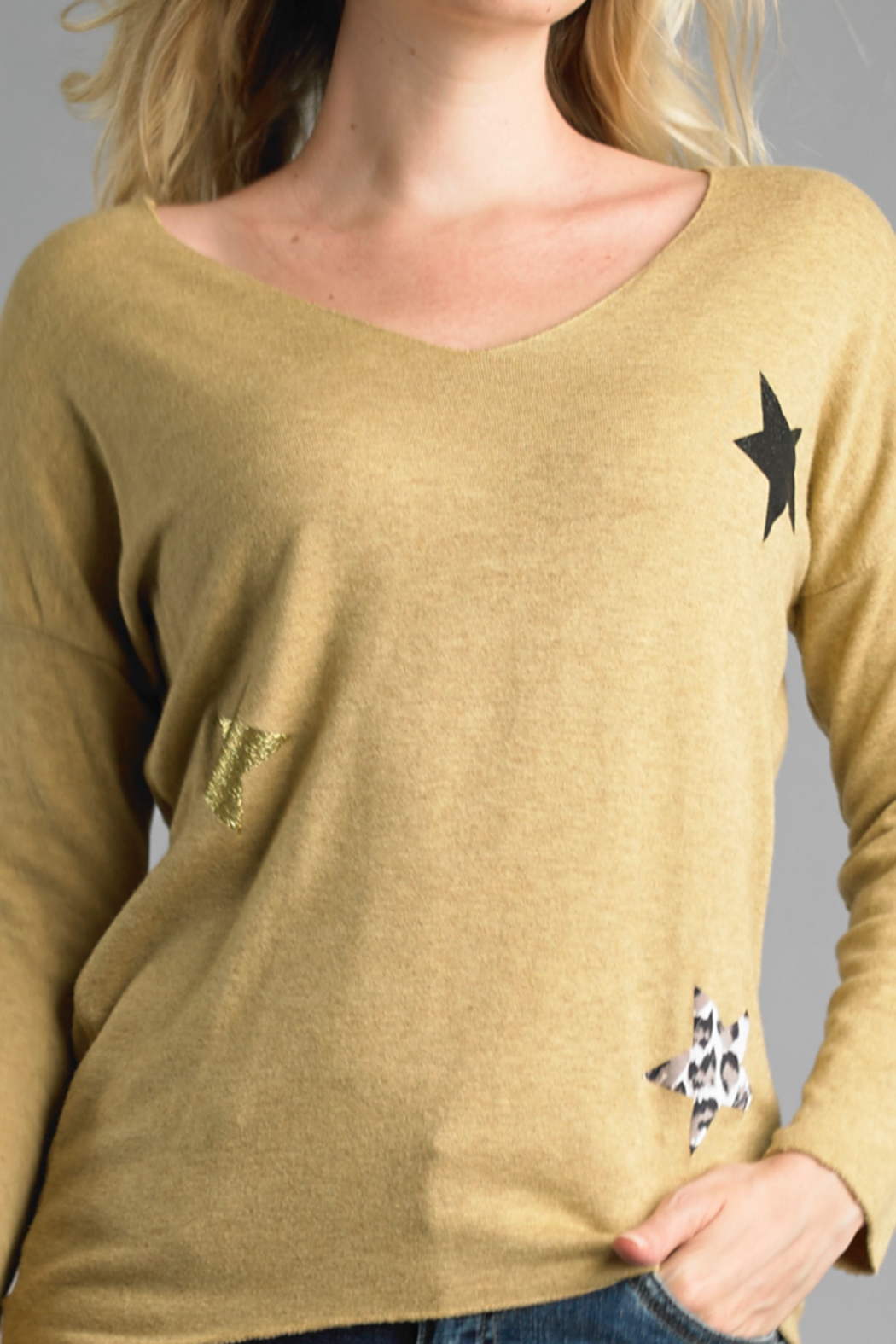 Tempo Paris Star V-Neck Sweater - Side Cropped Image