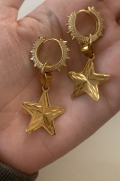 Maro Zoto Starburst Earrings - Product List Image