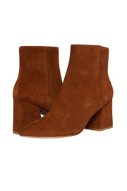 Steve Madden Nix Boot - Chestnut Suede - Product Mini Image
