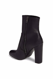 Steve Madden Editor Black - Front full body