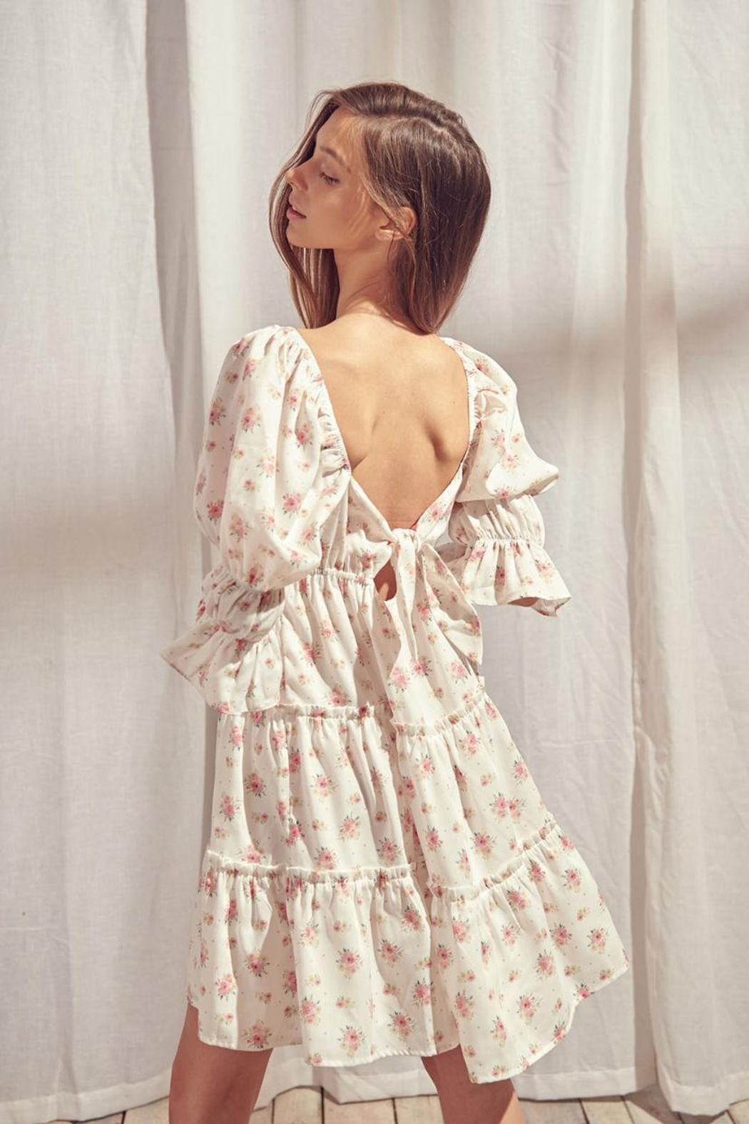storia Back-Tie Floral Dress - Side Cropped Image