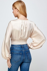 storia Balloon Sleeve Button-Up Top - Side cropped