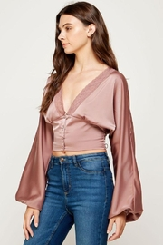 storia Balloon Sleeve Button-Up Top - Back cropped