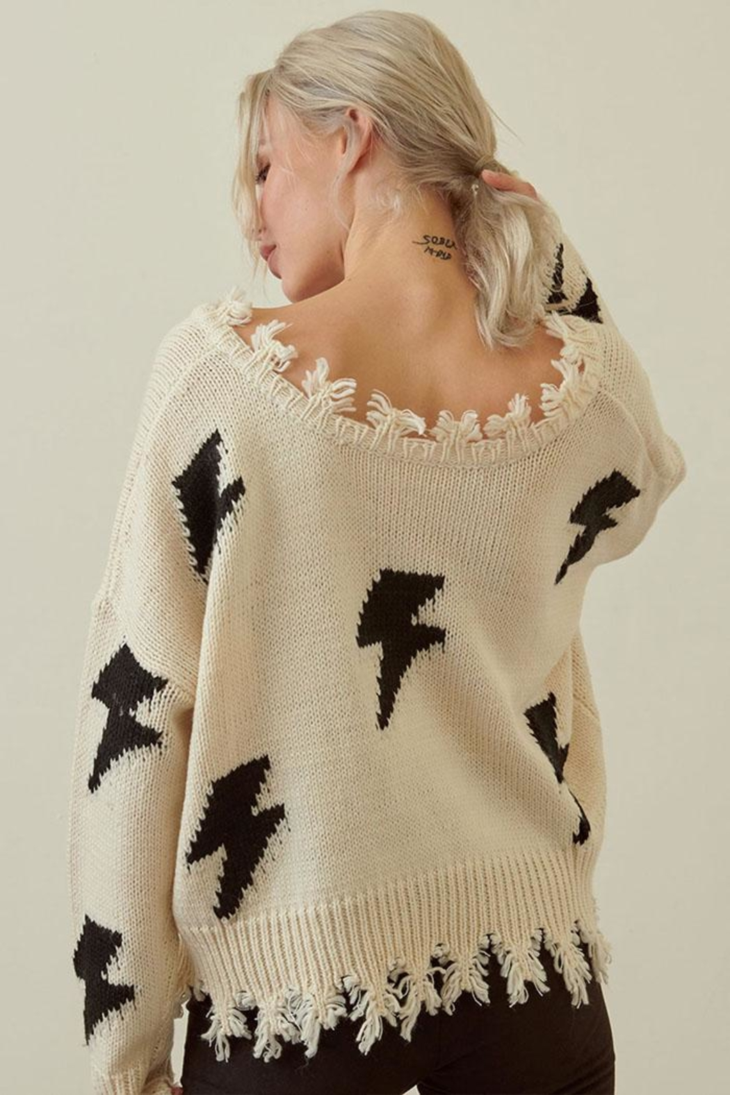 storia Distressed Lightning Sweater - Back Cropped Image