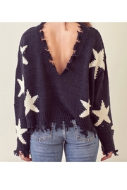 storia Frayed Edged Star Sweater - Front cropped