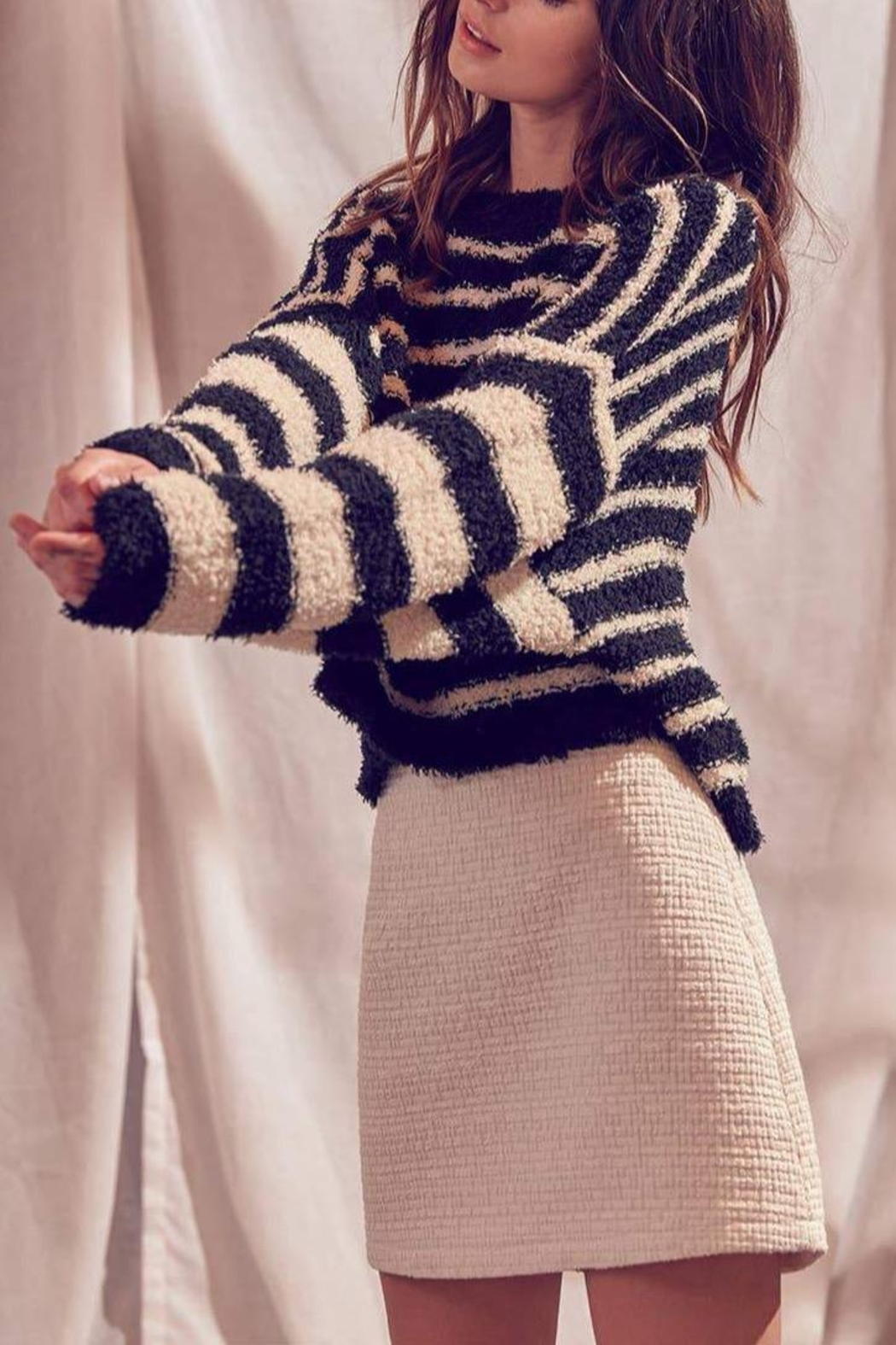 storia Fuzzy Striped Pullover-Sweater - Front Full Image