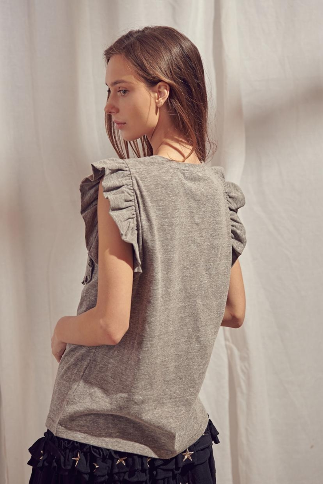 storia Grey Flutter Top - Back Cropped Image
