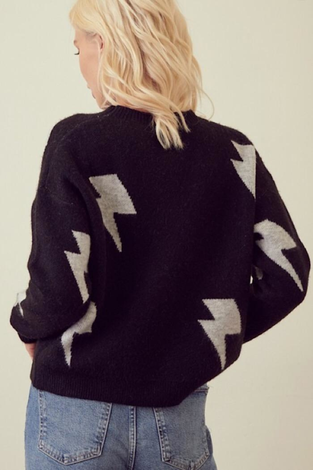 storia Light Me Up Sweater - Side Cropped Image