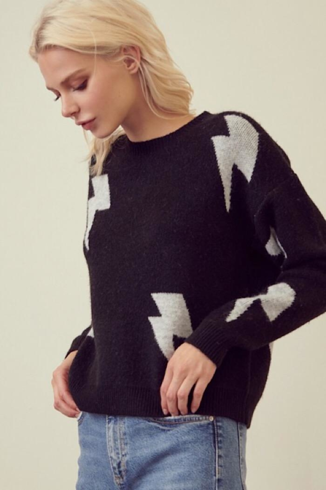storia Light Me Up Sweater - Front Full Image
