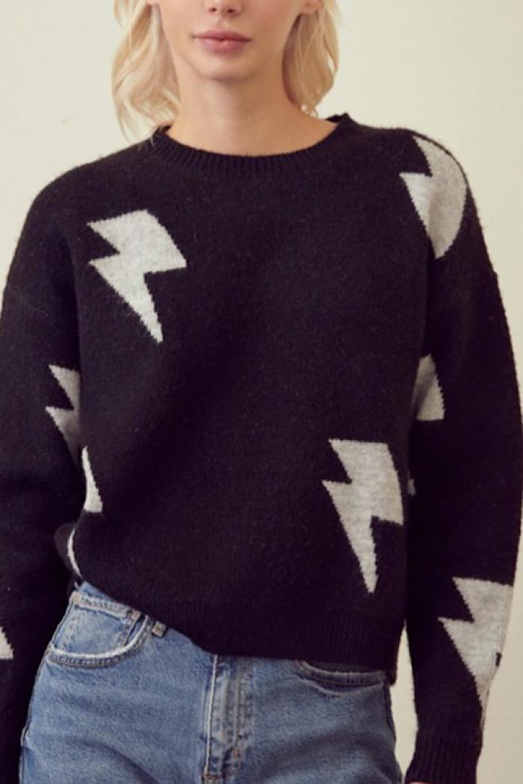 storia Lightning Bolt Sweater - Front Cropped Image