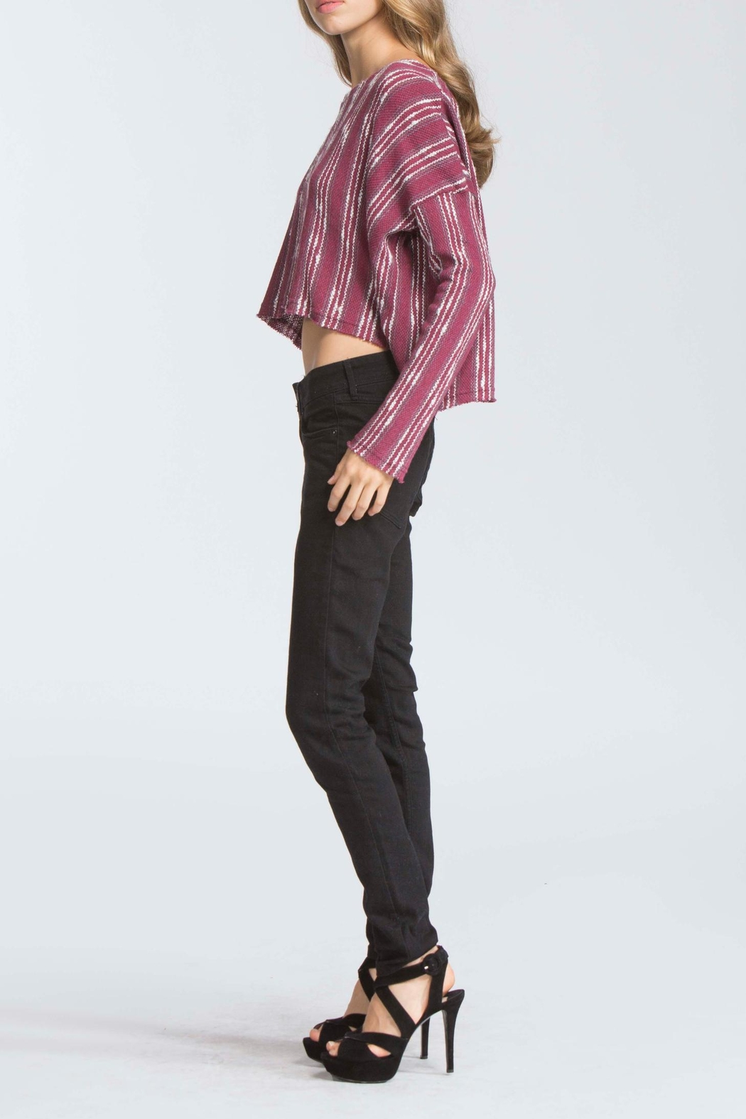 storia Maroon High Low Swetaer - Side Cropped Image