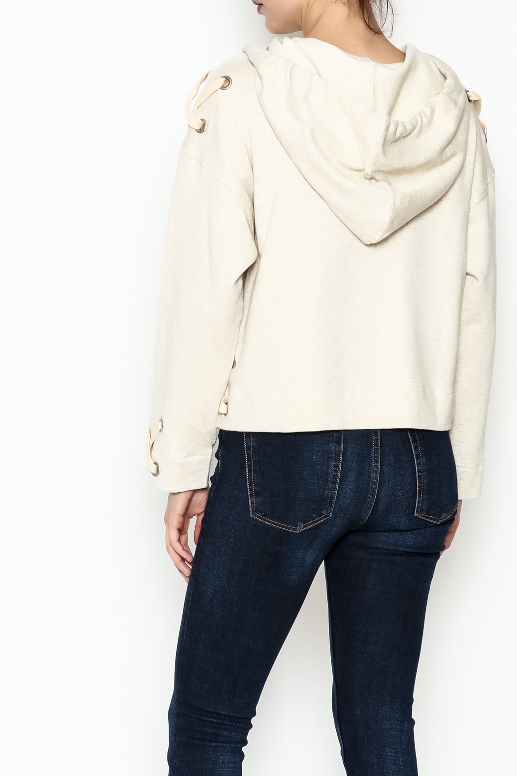 storia Tie Bottom Hoodie - Back Cropped Image
