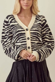 storia Zebra Button-Down Cardigan - Front cropped