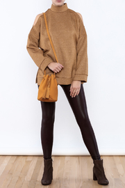 Street Level Suede Bucket Bag - Back cropped