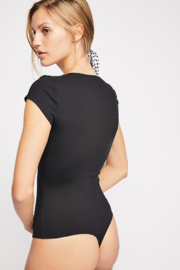 Free People Stretchy American made bodysuit featuring a square neckline. - Side cropped