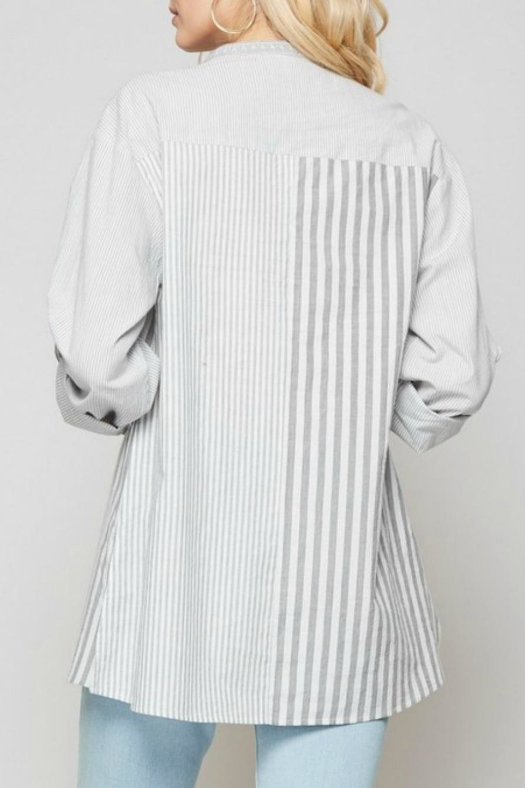 Andree by Unit Striped Embroidered Blouse - Side Cropped Image