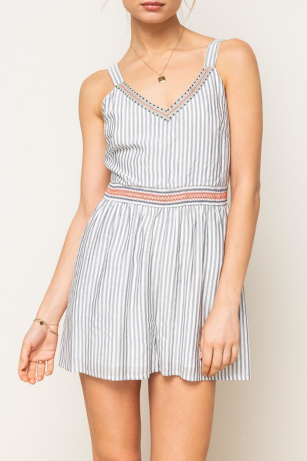 Hem & Thread Striped Embroidered Romper - Side Cropped Image