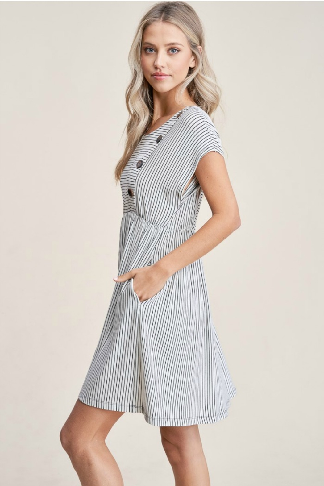 Staccato Striped Knit Dress - Side Cropped Image