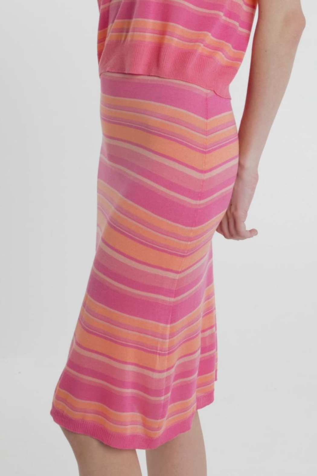 Thread+Onion Striped Knit Skirt - Front Full Image