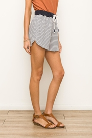 Hem & Thread Striped Terry Shorts - Side cropped