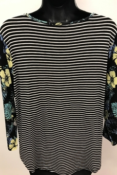 Tribal  Striped Top with Combo Sleeve - Alternate List Image